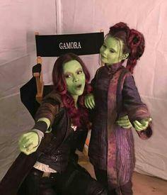Gamora and little gamora avengers infinity war guardians of the galaxy Marvel Dc Comics, Marvel Avengers, Marvel Jokes, Funny Marvel Memes, Marvel Heroes, Gamora Marvel, Gamora Comic, Starlord And Gamora, Funny Avengers