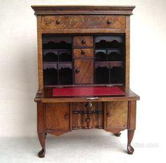 Walnut Miniature Secretaire Apprentice Piece - Antiques Atlas