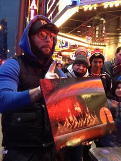 Spray Paint Artist in NYC.  Picture completed in 5 minutes. Just amazing!!