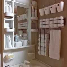女性で、2DKの収納/ホワイトインテリア/タオル収納/セリア/壁面収納/みせる収納…などについてのインテリア実例を紹介。「一つの部屋に洗面台とキッチンを後付けしているため 収納は洗面台下だけでした。 みなさんの真似っこでセリアアイアンバーを使ったタオル収納を作り快適になりました。 リメイクと同時にホワイト化も進行しています♪」(この写真は 2017-02-20 17:45:48 に共有されました)