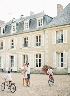 Vicki Grafton Photography | Summertime in France with the DeVerdun family | Château de Bouthonvilliers | Saved from vickigraftonphotography.com