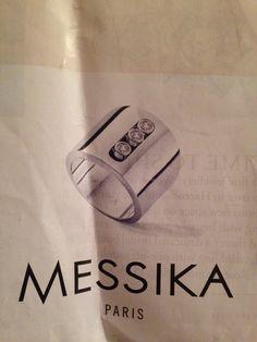 Messika ring