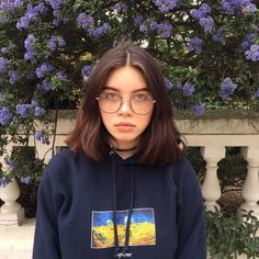 Aesthetic Cute Girls Fashion Inspo Jewelry Outfit Ideas Streetwear Vintage Old School Looks, Short Thin Hair, Short Hair Styles, Outfits For Short Hair, Pretty People, Beautiful People, Chica Cool, Basket Mode, Mode Vintage