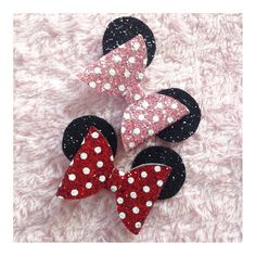 Minnie Mouse bows on clips, just £2.50 each was £4.50! Comment sold.. 1 of each available