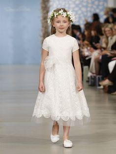 From the Runway: Oscar de la Renta 2014 Flower Girls // White corded Chantilly loop lace dress
