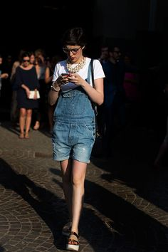 Short hair and dungarees. Love!