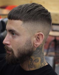 Looking for fresh fade haircut ideas? Try a high fade. Our guide will shed light on basic types of fades and help you to choose the best high fade variation that will work for you. Hairstyles Haircuts, Haircuts For Men, Straight Hairstyles, Mens Haircuts Short Undercut, Mens High Fade Haircut, High And Tight Haircut, Hair And Beard Styles, Curly Hair Styles, Mushroom Haircut