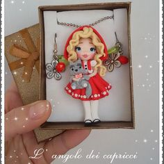 "71 Me gusta, 3 comentarios - l'angolo dei capricci (@susytigani) en Instagram: ""Available ♡  #dolline #doll #fimo #polimer #policlaycreations #clay #fimodolls #necklace…"""