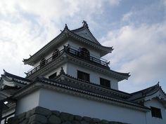 白石(片倉小十郎めぐり) Japanese Castle, Japanese History, Still Standing, Palaces, Castles, Louvre, Culture, Mansions, House Styles