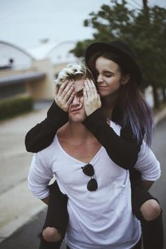 Discovered by 後輩. Find images and videos about love, cute and couple on We Heart It - the app to get lost in what you love. Couple Goals, Cute Couples Goals, Couples In Love, Goofy Couples, Photo Couple, Love Couple, Hipster Couple, Cute Couple Pictures, Couple Photos