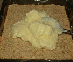 Prajitura cu blat pufos si crema de ciocolata alba - Dulciuri fel de fel Mashed Potatoes, Ice Cream, Ethnic Recipes, Sweet, Desserts, Food, Cakes, Hair, Beauty