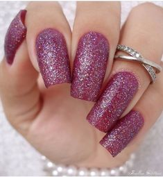Nails Glitters Gray Black White Nail Summer Color Wedding Nail Polish Best quality control to ensure high quality polish On like polish, wears like gel, off in minutes Purple Nails, White Nails, Glitter Nails, Fun Nails, Black Nails, White Nail Designs, Simple Nail Designs, Nail Art Designs, Nail Swag