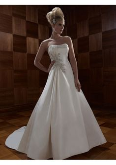 Wholesale Perfect Silk A-Line Strapless Wedding Dress with Beadwork and Embroidery