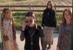 The Best Fashion Moments From Cult Film The Craft Source by luxurieuse fashion idea The Craft 1996, The Craft Movie, Mode Halloween, Best Halloween Movies, Halloween Witches, Happy Halloween, Style Année 90, Cool Style, Vogue