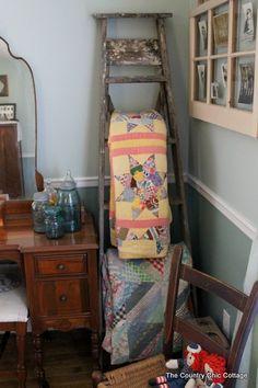 Vintage Ladder Quilt Hanger - The Country Chic Cottage Decor, Farmhouse Decor, Vintage Decor, Vintage Ladder, Country Chic Cottage, Cottage Decor, Decor Crafts, Primitive Decorating, Home Decor