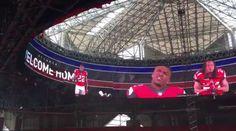 The Atlanta Falcons? GIGANTIC Halo Video Board In Their New $1.6B Stadium Is Frickin? Insane Halo Videos, Jerry Jones, Sports Headlines, Atlanta Falcons, Sports News, Mercedes Benz, Board