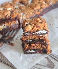 Oreo S'mores Brookies, the perfect fun dessert to treat your family and friends!  Great for bringing to parties too!