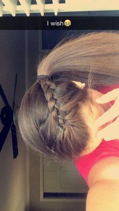 25 High Fashion Summer Outfits for 2019 Quick easy volleyball hair. Softball Hairstyles, Athletic Hairstyles, Sporty Hairstyles, Box Braids Hairstyles, Girl Hairstyles, Hairstyle Ideas, Running Hairstyles, Hair Ideas, Princess Hairstyles