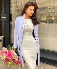 Classy Girl, Classy Women, Sexy Women, Classy Outfits, Stylish Outfits, Hijab Fashion, Fashion Dresses, Street Style Women, Gorgeous Women