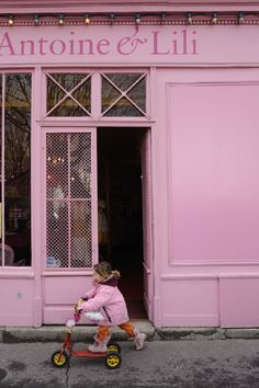 pink building - paris