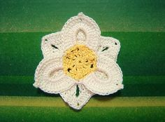 Crochetpedia: 2D Crochet Flowers Free Patterns (lots of flowers - only diagrams / charts)