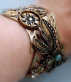Steampunk bracelet via zuzuspetalsstuff.blogspot.com