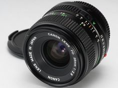 Canon FD 28mm f2.8 MF Wide angle prime in EXCELLENT CONDITION from Japan