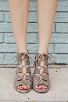 Taupe Gladiator Style Caged Peep Toe Heel Barnes-01A – UOIOnline.com: Women's Clothing Boutique