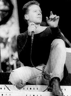 Jim Kerr of Simple Minds at Wembley Stadium in Honour of Nelson Mandela's 70th Birthday, June 1988