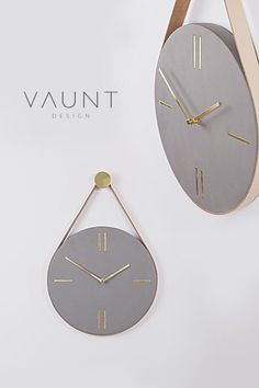 Mono Concrete Wall Clock Vaunt Design : The MONO concrete clock is one of our most popular and unique items in our concrete home accessories range. Brass and concrete come together to form a beautifully minimal yet statement concrete wall clock. clock co Concrete Crafts, Concrete Art, Concrete Projects, Concrete Design, Hanging Clock, Diy Clock, Minimalistic Design, Modern Design, Decoration Chic