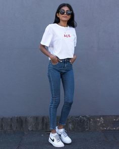 Nike Airforce Sneakers of the Month - Pose & Repeat Summer Outfits Women, Teen Fashion Outfits, Grunge Outfits, Casual Outfits, Nike Air Force 1 Outfit, Nike Airforce 1, Aesthetic Vintage, Aesthetic Grunge, Facon