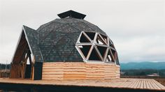 DOMOS | PREFABRICADOS Green Magic Homes, Yurt Home, Resort Plan, Hotel Floor Plan, Geodesic Dome Homes, Dome House, Forest House, Future House, Architecture Design