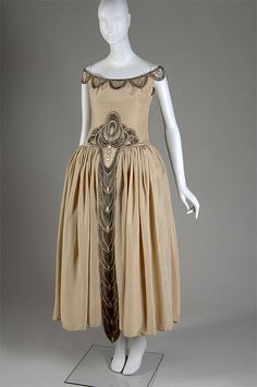 "Embroidered egg-shell moiré ""Robe de Style"" court presentation gown with crystal and pearl bead embellishment, by Jeanne Lanvin, French, 1927. Worn by Mrs. Charles S. Dewey when presented to the Court of Saint James in 1927."