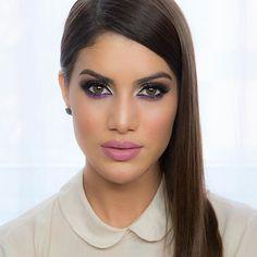 New tutorial (in English) is in my blog! NightLife makeup look www.camilacoelho.com -------------- Tutorial novo no Blog, usando a coleção #NightlifeByCamilaCoelho (Tem vídeo de sexta também pra quem não viu)!