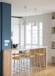Cuisine bois et blanc moderne – 25 idées d\'aménagement | Cuisine ...