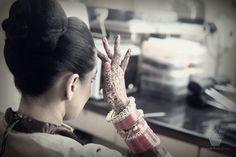 Getting ready | bride | Makeup | Weddingplz | Wedding | Bride | Groom | love | Fashion | IndianWedding | Beautiful | Style | Groom | jewellery | photographer | WeddingLehenga | MakeUpArtist