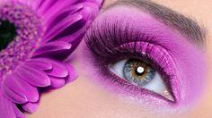 Eyeshadow : Woman eye with purple make-up and long false eyelashes - gerber flower Stock Photo Make Up Looks, Beauty Make-up, Beauty Hacks, Maquillaje Smokey Eyes, Sombra Neon, Makeup Artist Tattoo, Tattoo Makeup, Neon Eyeshadow, Orange Eyeshadow