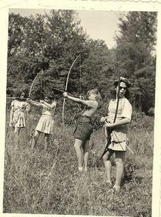 Vintage photos. Women in archery
