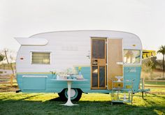 i have dreams of one day owning a mobile boutique. and when i do, it'll be a little something like this beauty.