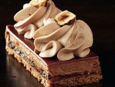 Avec les lectrices reporter de Femme Actuelle, découvrez les recettes de cuisine des internautes : Mousseux chocolat au lait, caramel et spéculoos de Christophe Felder