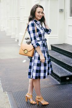 Carly of College Prepster looking so summer chic Gingham Shirtdress and Cinco Powell Sobrina Bag