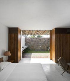 Txai House by Studio MK27 | HomeAdore