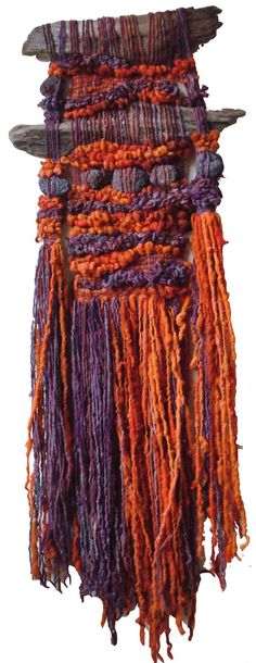 Arte Textil Marianne Werkmeister>>>M.Taylor: This looks a lot like the type of weavings I did in high school,sure wish I'd saved at least one thing, but sold most the good ones to mu art teachers and art neighbors, now I know why they wanted them so much! Weaving Textiles, Weaving Art, Loom Weaving, Tapestry Weaving, Hand Weaving, Little Presents, Textile Fiber Art, Weaving Projects, Woven Wall Hanging