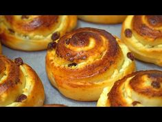 Soft fluffy and very tasty buns! Sweet Recipes, Vegan Recipes, Cooking Recipes, Junk Food, Snacks, Dessert Recipes, Desserts, Egg Free, Baked Goods