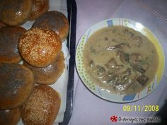 Great recipe for Mushroom soup easy and tasty. A very easy to make mushroom soup that is quick and tasty! Recipe by kitrinos Greek Cooking, Cooking Time, Sweets Recipes, Veggie Recipes, Yummy Snacks, Yummy Food, Yummy Yummy, My Favorite Food, Favorite Recipes