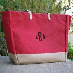 Head out for the day with this #Monogram Red Burlap multi-purpose tote bag featuring your embroidered monogram.