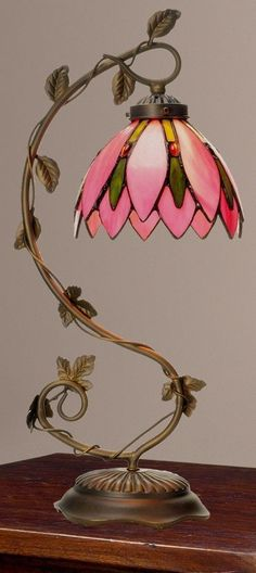 Tiffany-Style Pretty In Pink Floral Stained Glass Table Lamp NEW