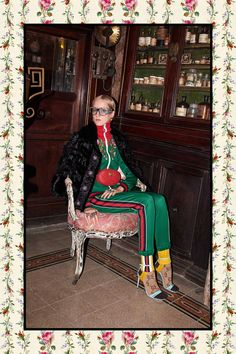 http://www.vogue.com/fashion-shows/pre-fall-2017/gucci/slideshow/collection