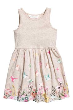 Sleeveless dress in soft cotton jersey with a printed pattern. Gathered seam at waist and flared skirt. Little Girl Summer Dresses, Girls Dresses, Cute Outfits For Kids, My Baby Girl, Fashion Kids, Stylish Girl, Flare Skirt, Plus Size Dresses, Baby Dress