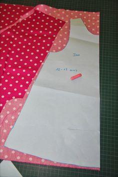 Little Girls Flutter sleeve dress sewing tutorial Girls Dresses Sewing, Sewing Kids Clothes, Sewing For Kids, Baby Sewing, Baby Girl Dress Patterns, Baby Clothes Patterns, Dress Sewing Patterns, Crochet Patterns, Couture Bb